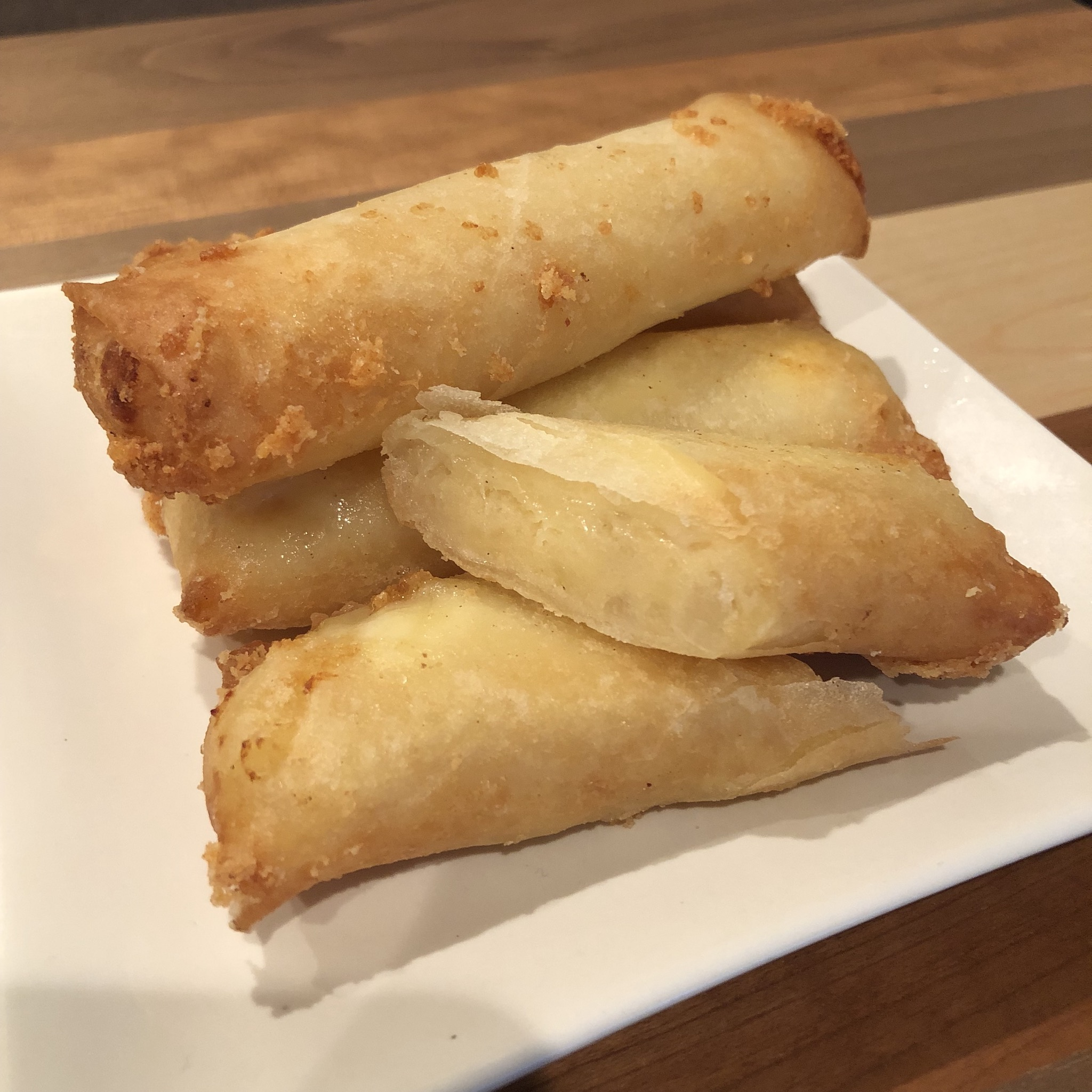 POTATO & CHEESE SPRING ROLLS