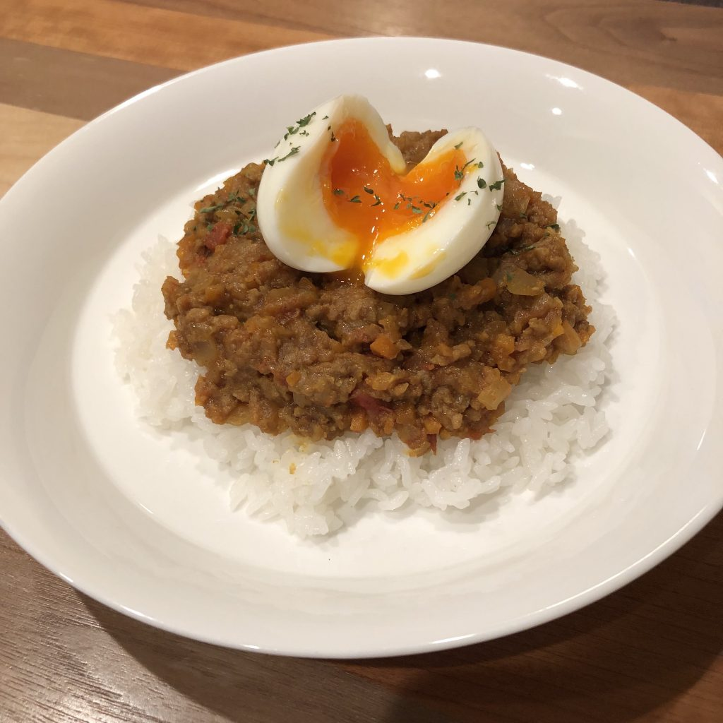 JAPANESE STYLE DRY CURRY