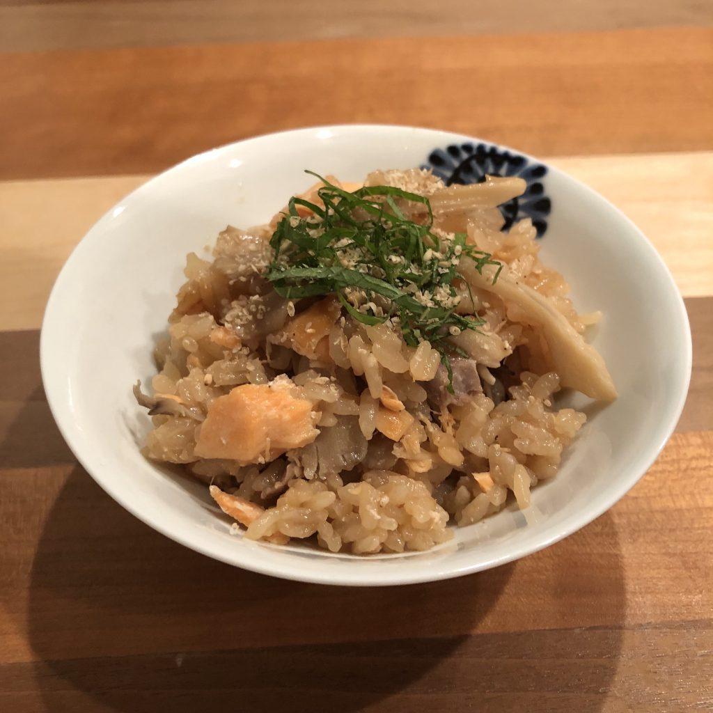 SEASONED RICE (TAKIKOMI-GOHAN) WITH SALMON & MAITAKE MUSHROOMS